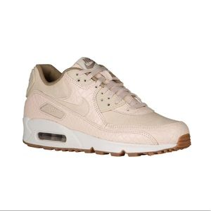 Nike Shoes - Nike Air Max 90 Women's shoes